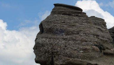 sphinx-bucegi-roumanie-1-1024x678